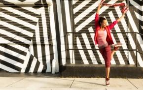 girls dancing in the street